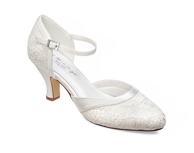 4fd0ccd083 Maggie Menyasszonyi cipő- gwesterleigh.com