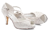 Betty Bridal shoe2