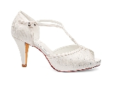 Betty Bridal shoe3